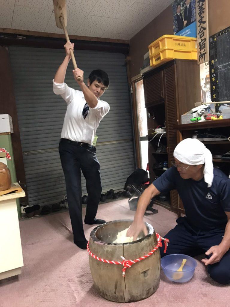 伏木国技館での餅つき